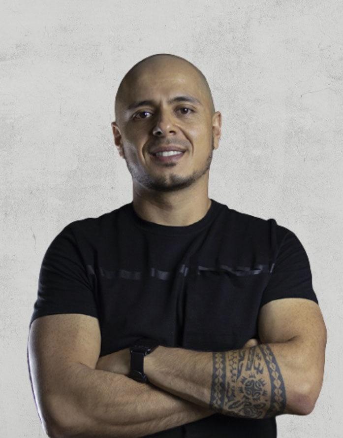 JHONIER GOMEZ<br> <small>EMPRENDEDOR</small>